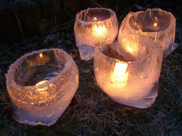 Windlichte aus Eis