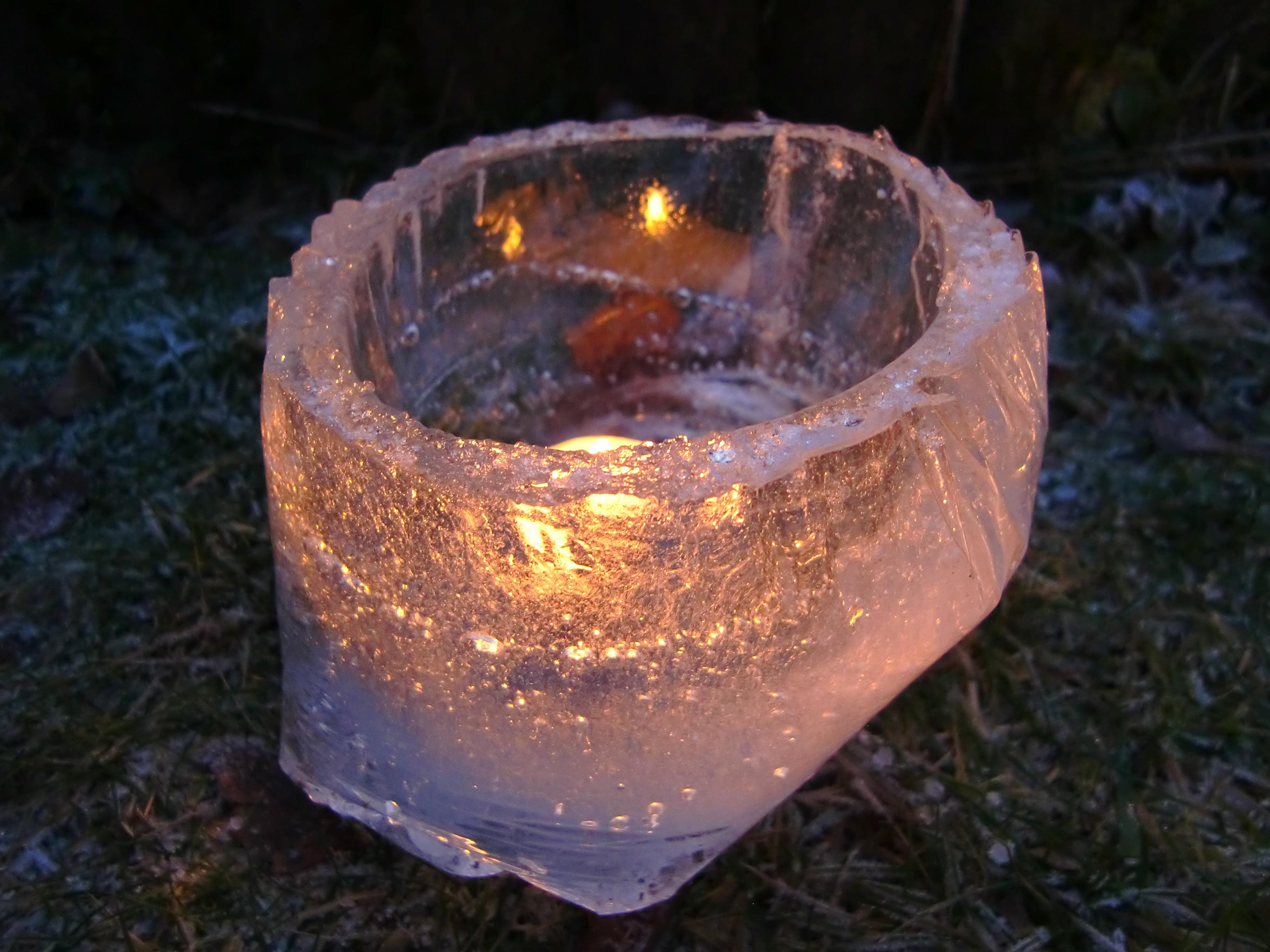 Windlicht aus Eis