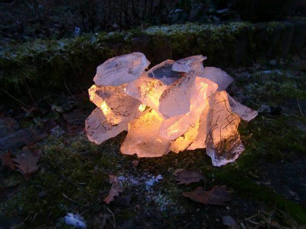 leuchtender Eisberg